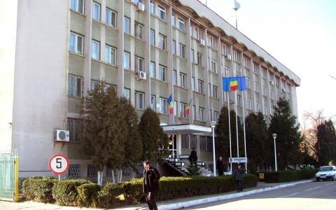 Scandal într-un bar din Târgu Jiu. Polițiștii au reținut șase persoane