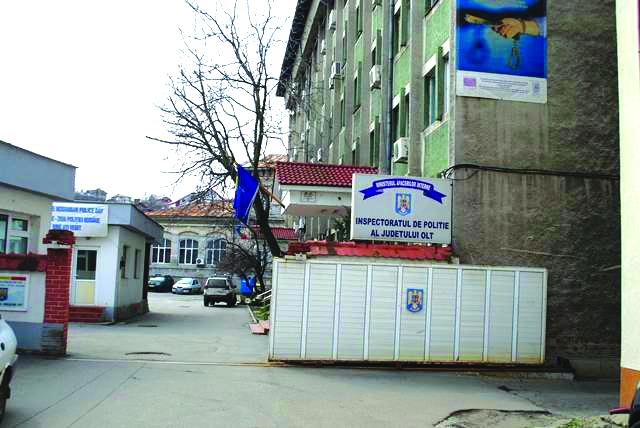 Percheziții după scandalul de pe strada Panselelor