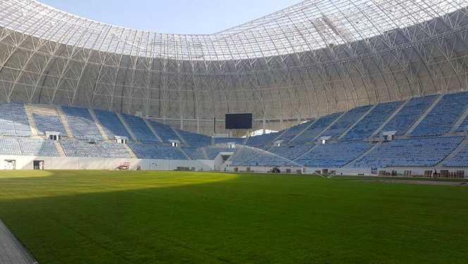 """""""Au sosit facturile la stadion!"""" Iarna nu-i ca vara, în varianta Genoiu!"""