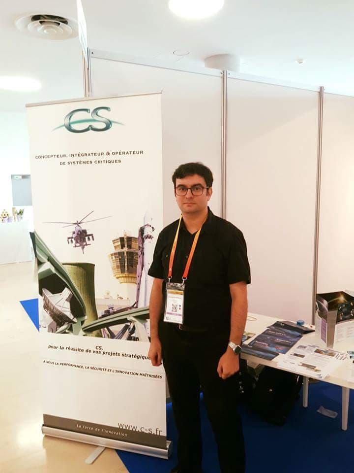 Un inginer din Craiova colaborează cu Agenția Spațială Europeană. Lucian Bărbulescu lucrează în echipă și nu este tentat de munca peste hotare