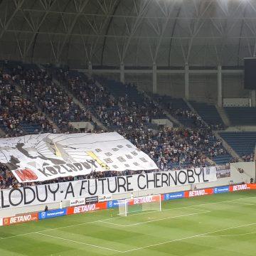 Mesaj anti Kozlodui, afisat in deschiderea partidei CSU-Concordia Chiajna
