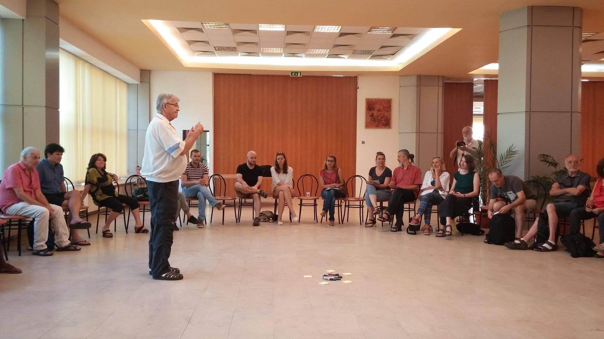 Întâlnire pentru educație nouă, la Mehedinți