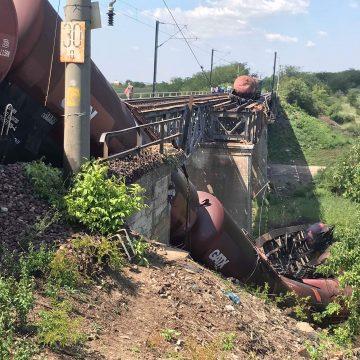 ABA Jiu continuă intervenția în urma accidentului feroviar de la Cârcea