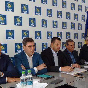 Mario Oprea cere lămuriri cu privire la accidentul feroviar de la Cârcea