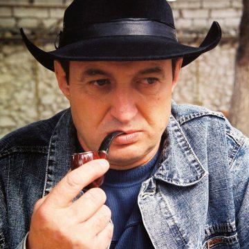 DESPRE CULTURA DE AZI: Spiridon Popescu – între lirismul bacovian şi umorul de fineţe