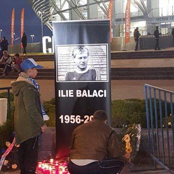 VIDEO/Flori şi candele pentru Ilie Balaci