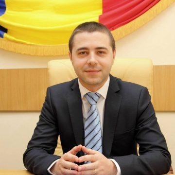 Mehedinți : Vicele Severinului, Daniel Cîrjan, a pus și el mâna pe par