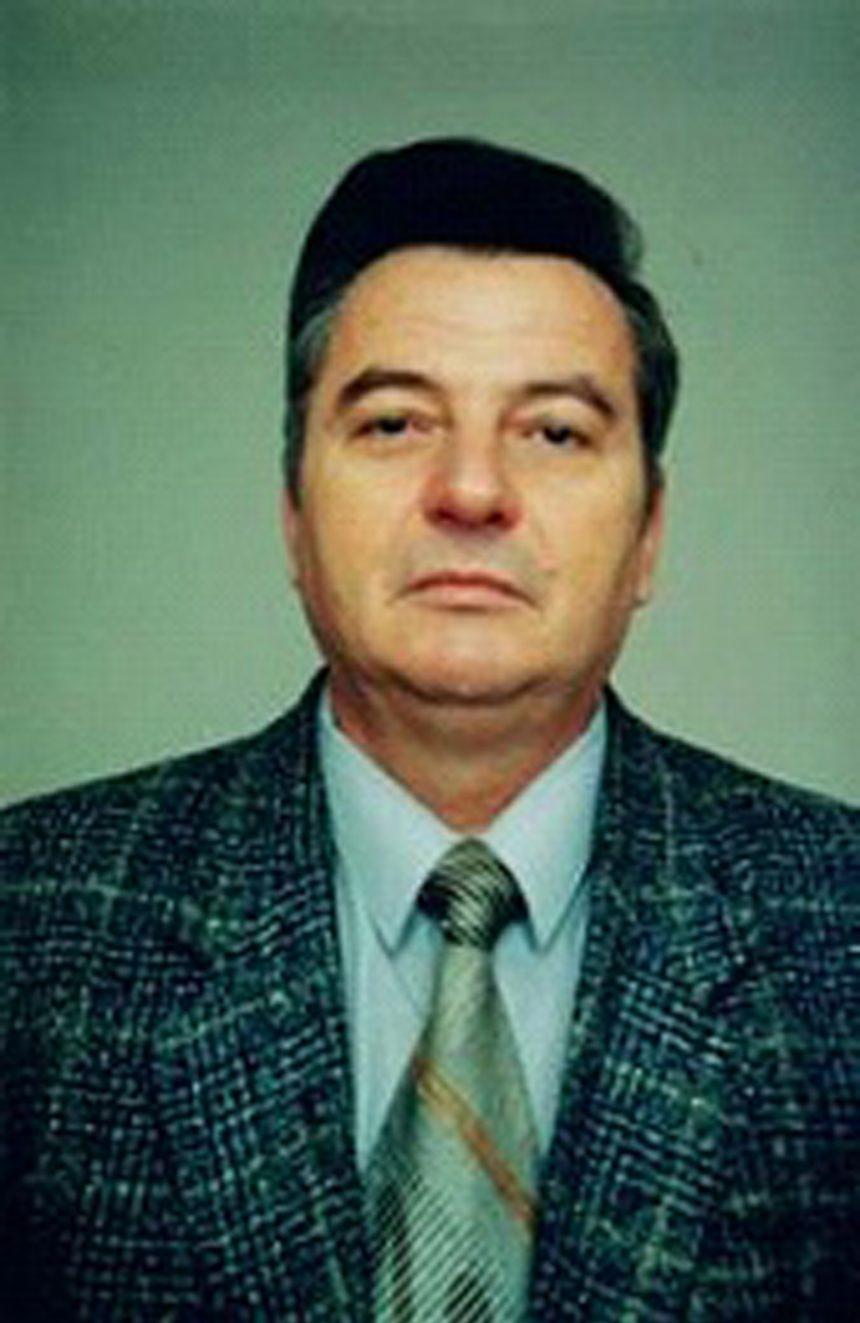 DESPRE CULTURA DE AZI: Constantin Pădureanu – un rural genial în ăst mileniu