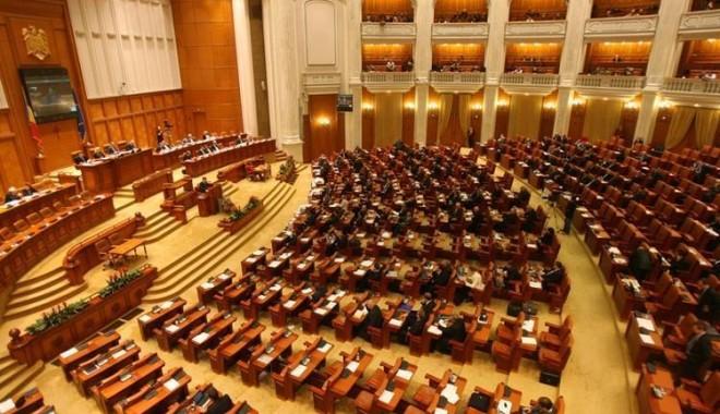 Opoziţia cere revocarea lui Dragnea de la conducere Camerei Deputaţilor