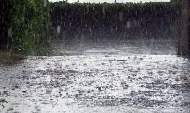ANM: Ploi torenţiale, vijelii şi grindină, valabile pentru toată ţara
