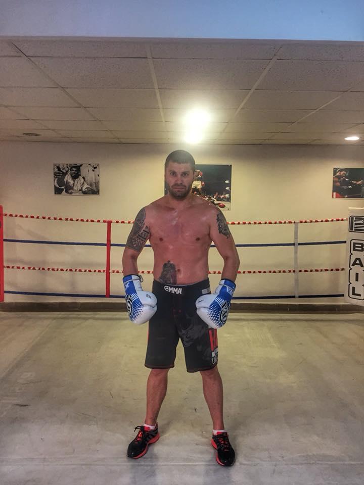 Secție de MMA, la Severin