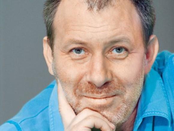 Actorul Florin Busuioc, operat la Clinica de Cardiologie din Craiova, după ce a suferit un infarct