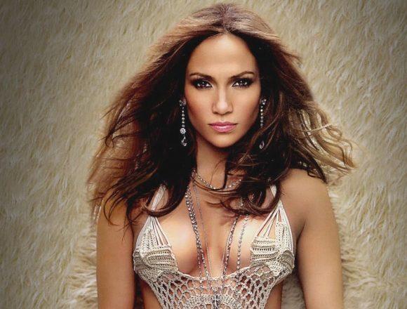 Steaua lui Jennifer Lopez de pe Walk of Fame, vandalizată