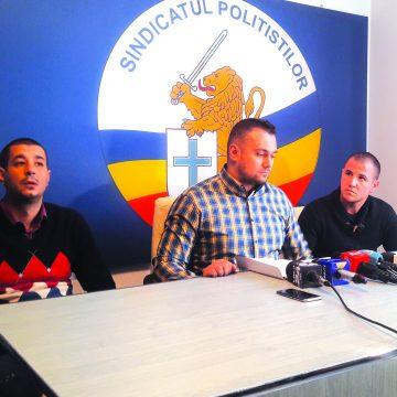 """Poliţistul Dorin Petcu se plânge că este """"vânat"""" de procurori"""