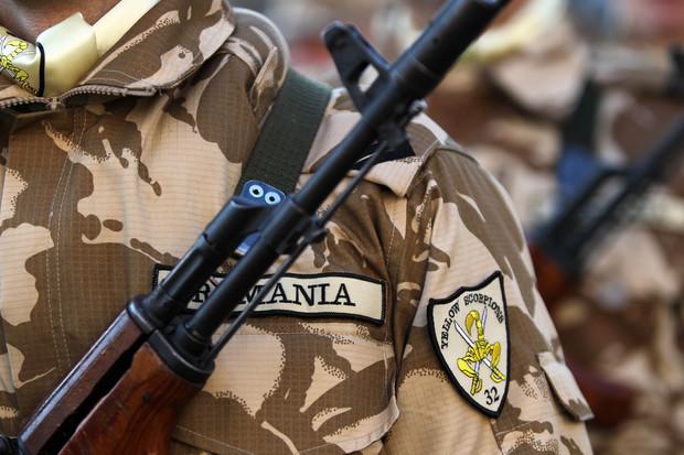 Militari români, răniţi în Afganistan