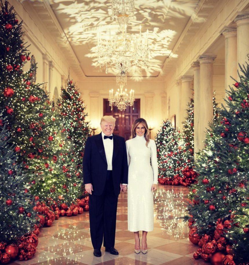 Melania și Donald Trump le-a urat americanilor un Crăciun fericit