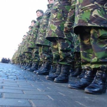 Armata germană vrea să recruteze străini, inclusiv români