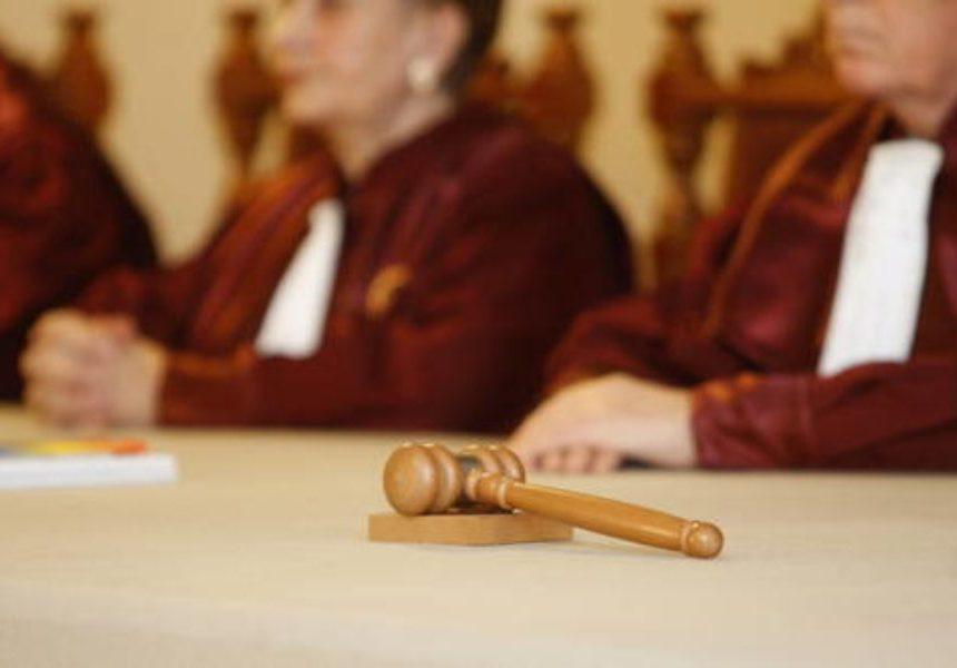 Curtea Constituţională a admis sesizarea pe conflictul Parlament – Ministerul Public privind protocoalele cu SRI