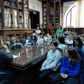 Biblioteca Aman. Mihai Eminescu -pe înțelesul tinerilor
