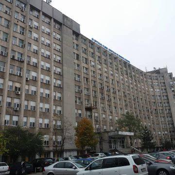 Reprezentanţii firmei care asigură hrana la SCJU Craiova spun că ar fi trebuit să primească bani pentru mesele medicilor
