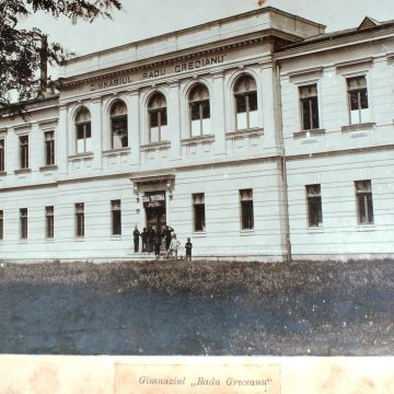 Fraţii Protopopescu, contributori la Slatina de azi