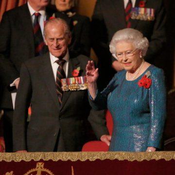 Prinţul consort Philip al Marii Britanii, implicat   într-un accident rutier
