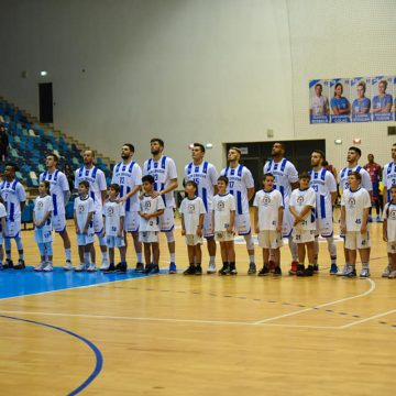 Baschetbaliștii craioveni joacă pentru un loc pe podium