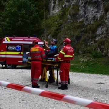 200 de maşini echipate pentru salvare montană vor ajunge la serviciile de salvamont