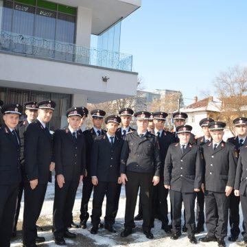 20 de elevi ai Şcolii de Pompieri, în practică la ISU Dolj