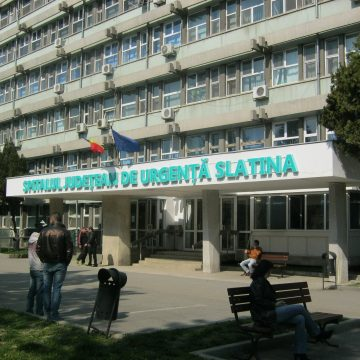 Peste o sută de radiografii, ascunse în vestiarele a trei medici de la SJU Slatina