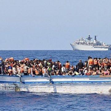 România va primi imigranţi blocaţi într-un port din Italia