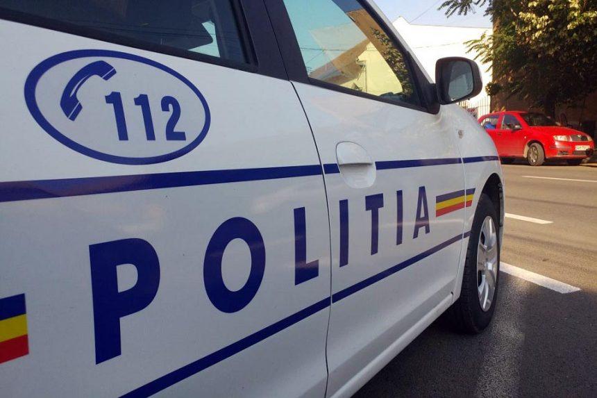 Un vâlcean a provocat haos pe străzile Craiovei, fără permis și cu numere false
