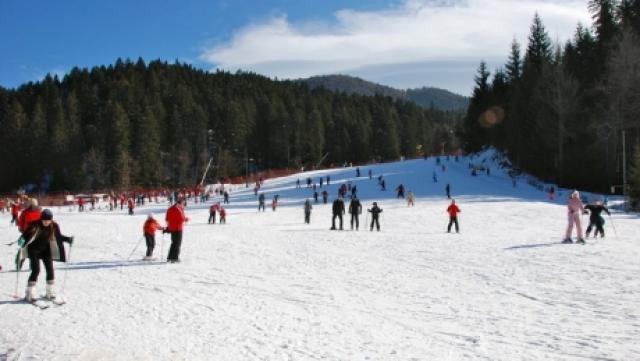 Gorj. Pericol pe pârtiile de schi din Rânca