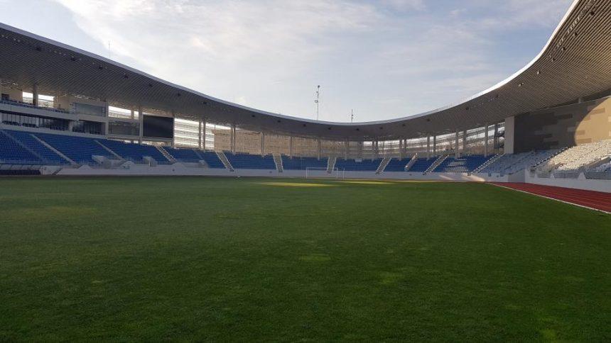 S-au reluat lucrările la Stadionul Municipal din Târgu Jiu. Când va fi finalizat