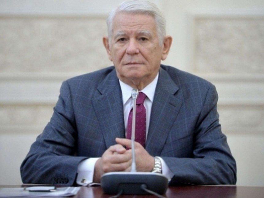 CCR: Alegerea lui Teodor Meleşcanu la şefia Senatului, neconstituţională