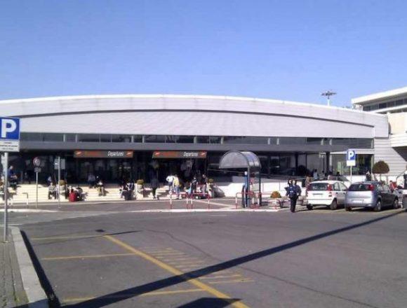 Incendiu pe aeroportul Ciampino din Roma