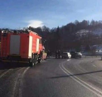Cinci vâlceni, răniți într-un accident în drum spre Mănăstirea Prislop