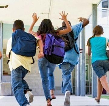 Elevii încep școala pe 9 septembrie