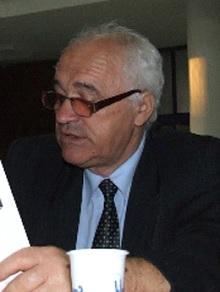 DESPRE CULTURA DE AZI: EMIL LĂZĂRESCU