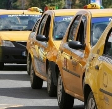 Slatina. Doar doi pasageri în taxi