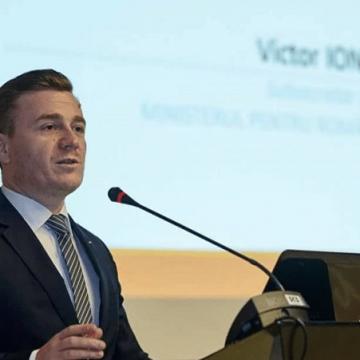 """Reuniunea """"Măsuri de reîntoarcere acasă și de informare pe tema traficului de persoane"""", la Craiova"""