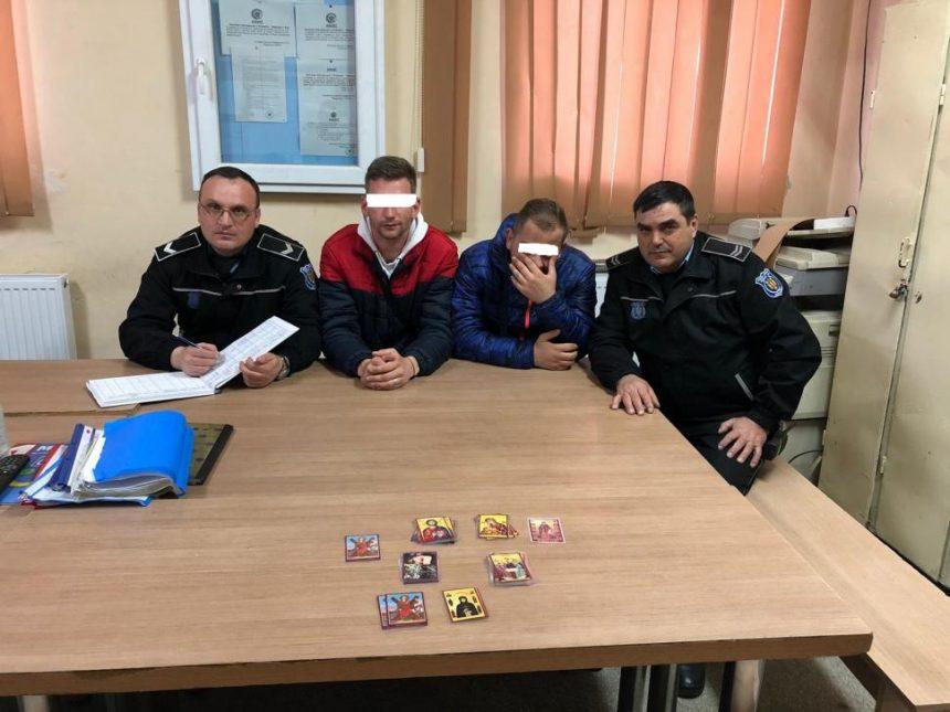 Amendați pentru că vindeau icoane pe străzile din Târgu Jiu