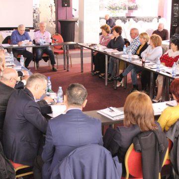 BNS: Eficiență, transparență şi comunicare în cadrul îndreprinderilor