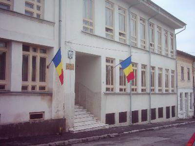 Magistraţii din Slatina judecă doar urgenţele