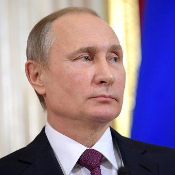 Putin a semnat decretul privind suspendarea participării Rusiei la Tratatul Forţelor Nucleare Intermediare