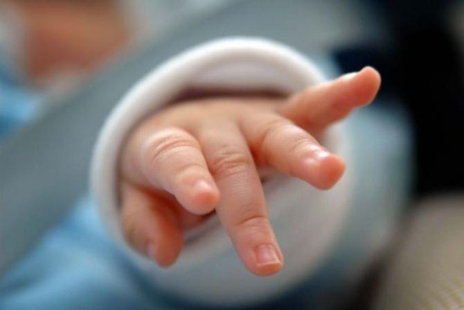 Bebeluş rănit într-un accident rutier
