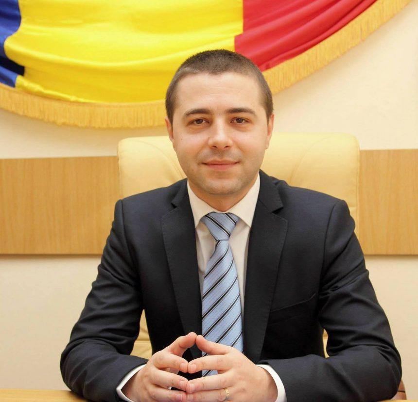 Mehedinți: Viceprimarul Cîrjan vrea ca birocrații să elibereze mai repede   actele de identitate pentru severineni