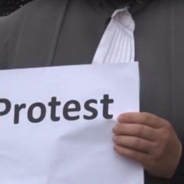 Grefierii din Vâlcea, protest împotriva eliminării pensiilor de serviciu