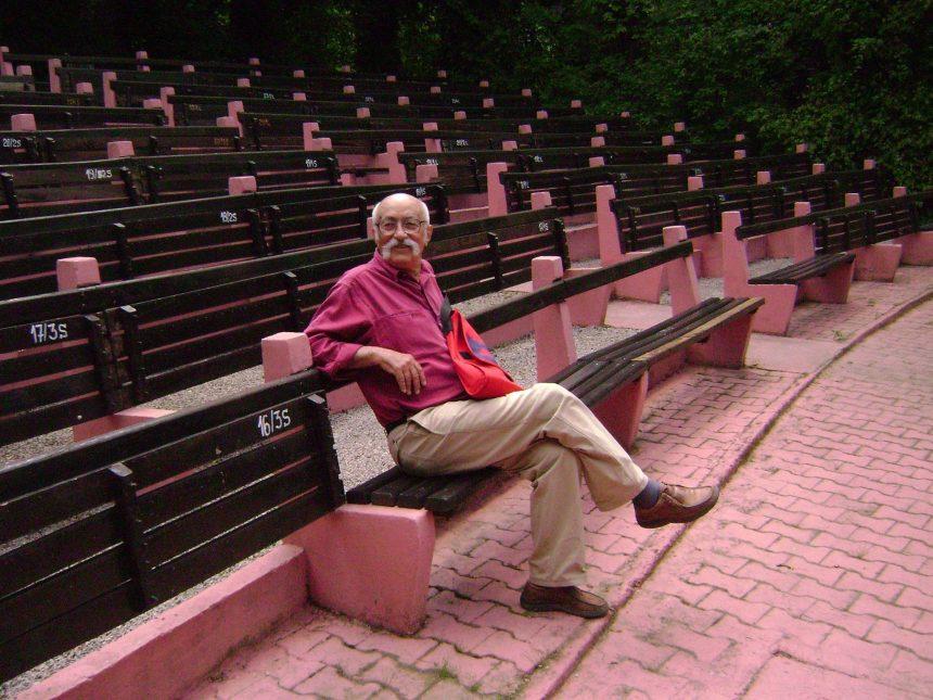 S-a stins primul scenograf al teatrului de păpuși craiovean, Eustaţiu Gregorian