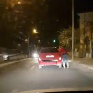 Video/Distracție cu risc, pe străzile Craiovei